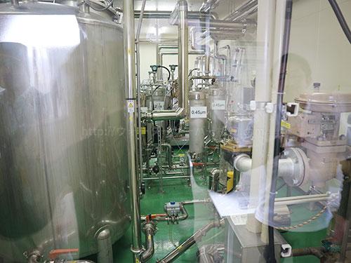 プレミアムウォーター富士吉田工場の水処理室