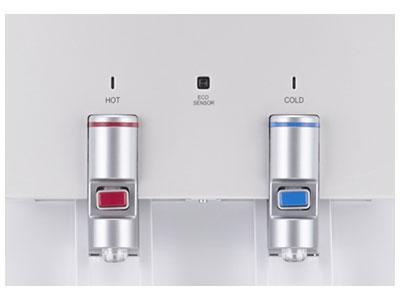 光センサーのエコモードで電気代が約680/月と省エネ